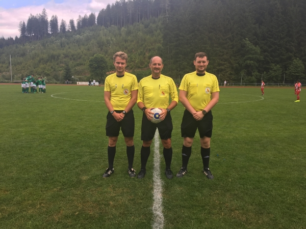 Schiedsrichter der SBFV-Meisterschaft der D-Junioren