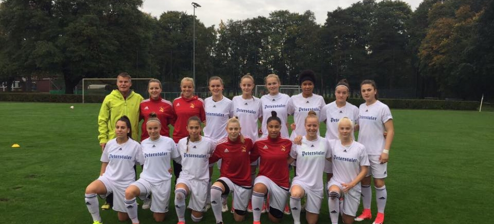 SBFV-Kader der U18-Juniorinnen beim DFB-Sichtungsturnier in Duisburg (Oktober 2017)