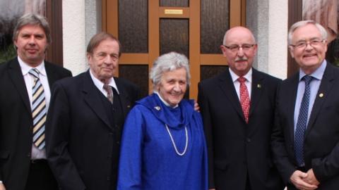 v.r.: Ronny Zimmermann, Richard Jacobs mit Frau Maria, Thomas Schmidt und Horst