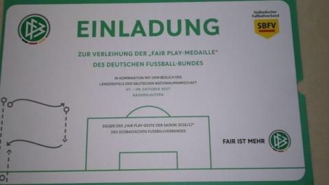 Sébastien Rosenblatt bei der Verleihung der Fair-Play-Medaille des DFB in Kaiserslautern